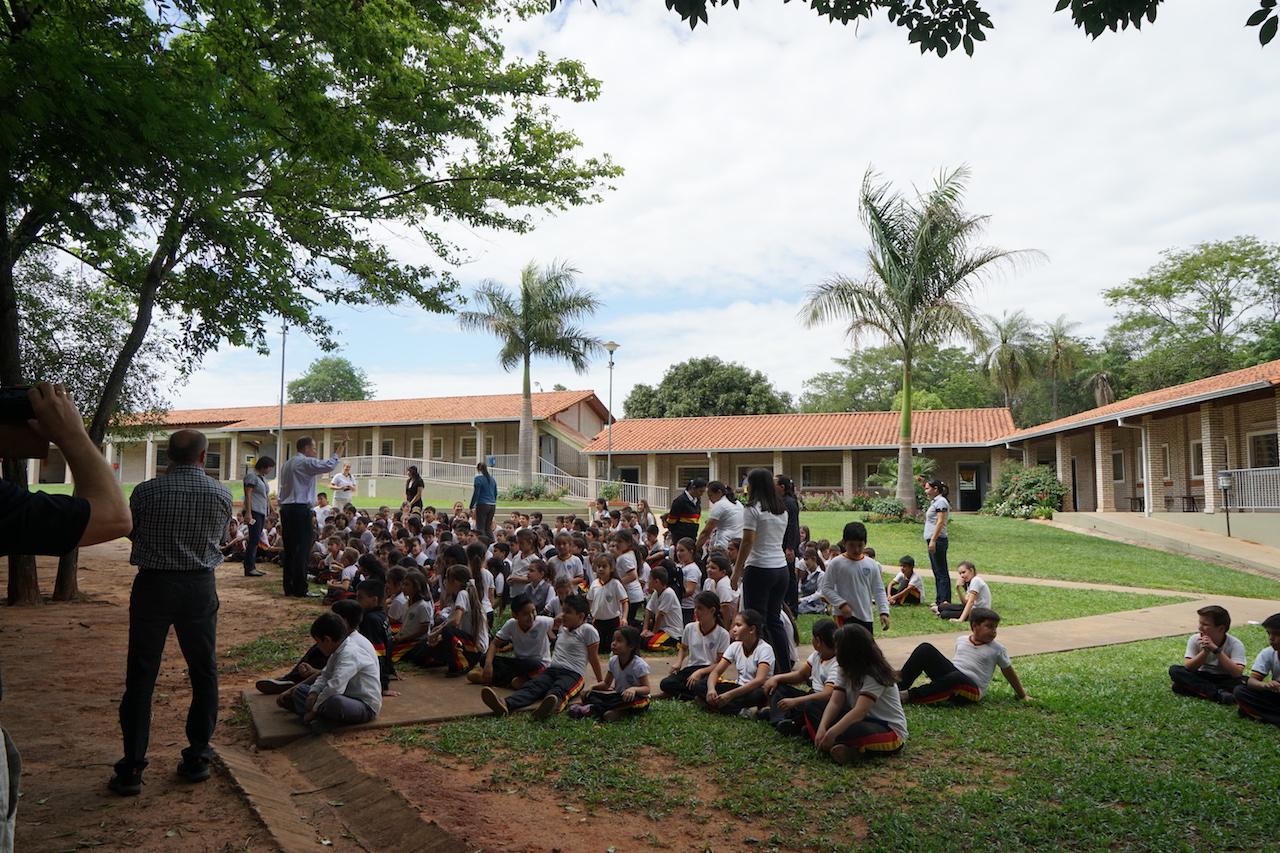 Auf dem Schulhof der Gutenbergschule.