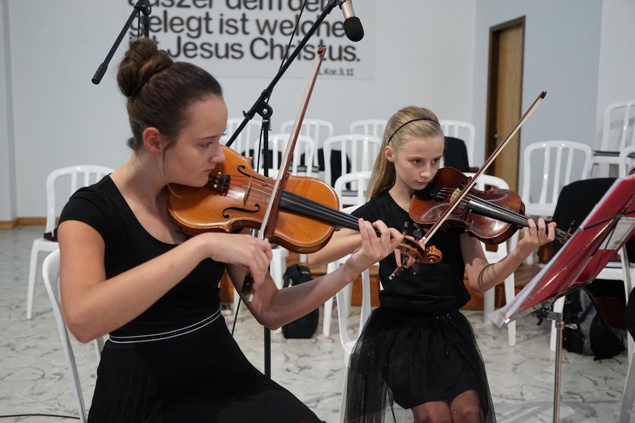 Die ersten Geigen.