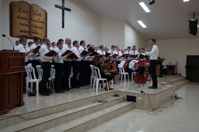 Männerchor in der Kolonie Tres Palmas.
