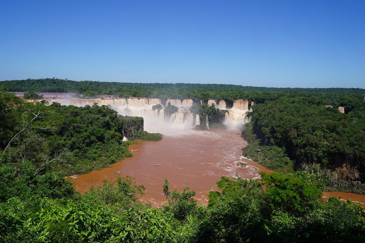 Die Iguazú-Wasserfälle.