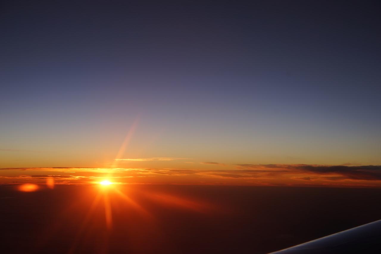 Über den Wolken. Der Sonne entgegen.