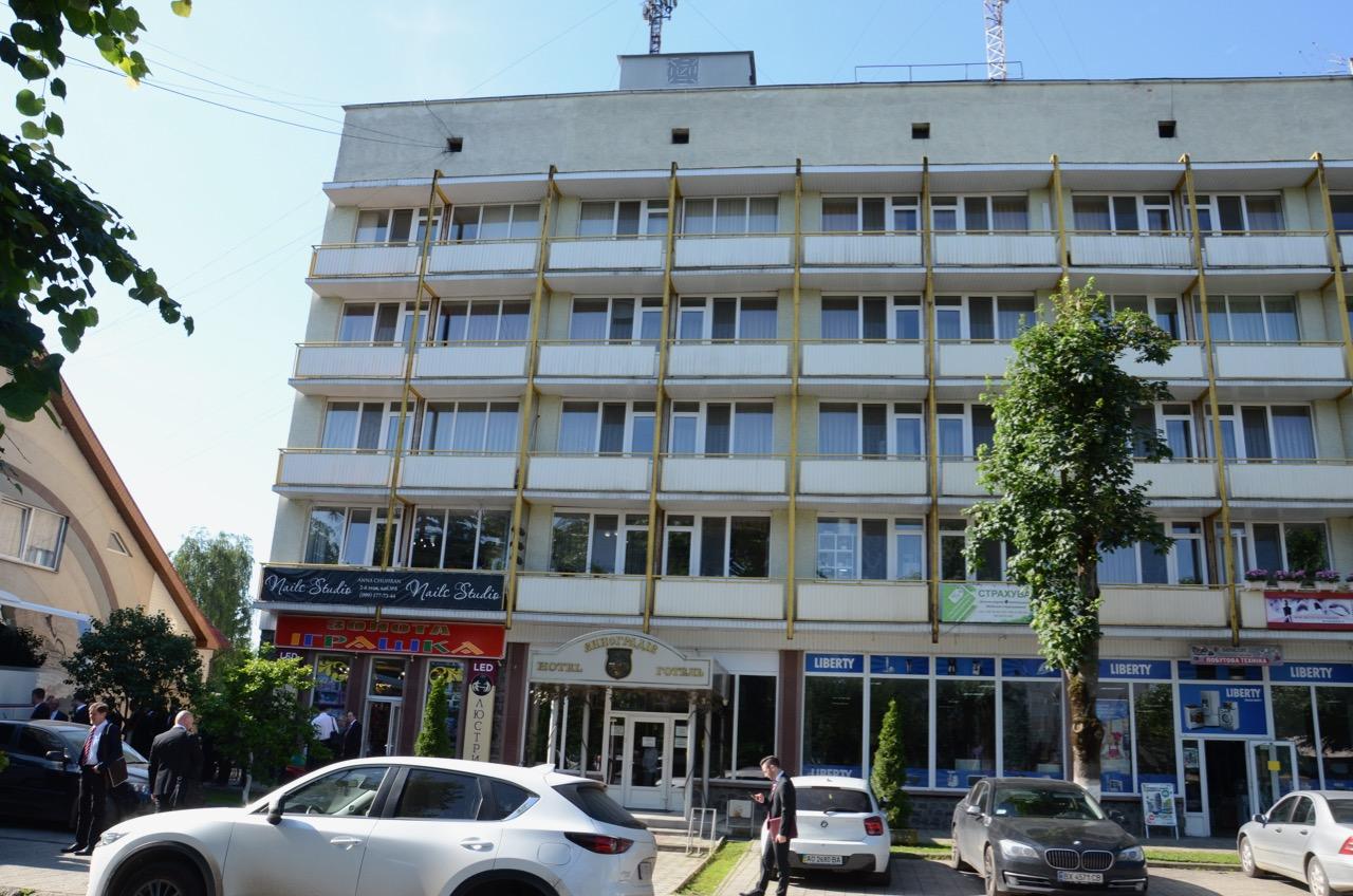 Unser Hotel in Wynohradiw.